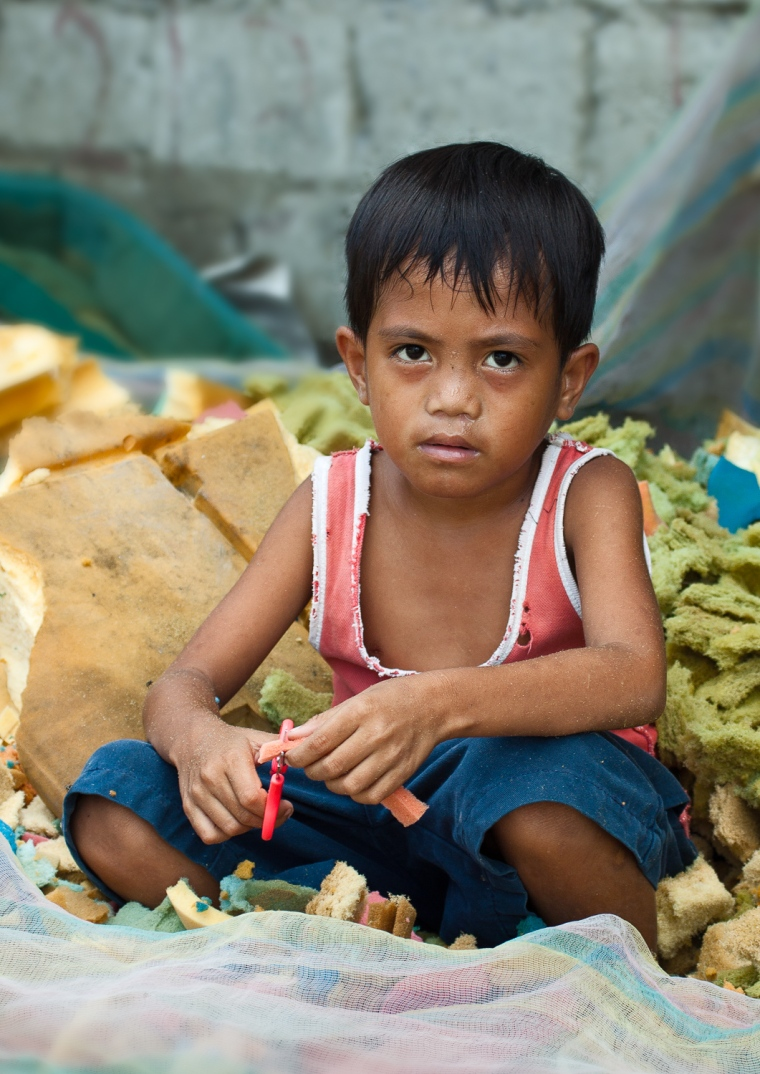 kids at the dumpsite